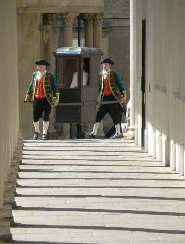 Entering the Colonnade